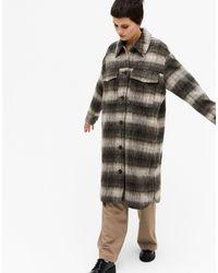 Monki Удлиненная Коричневая Куртка В Клетку Daze Recycled-коричневый