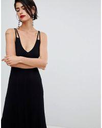 Stradivarius - Black V Neck Knitted Dress With Scallop Hem - Lyst