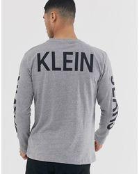 Calvin Klein - Camiseta de manga larga con estampado en la parte posterior Institutional - Lyst