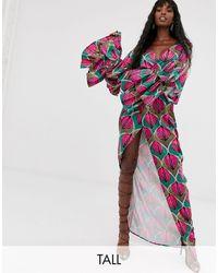 Taller Than Your Average Vestido largo cruzado con manga - Multicolor