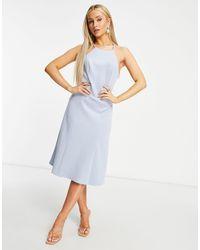 Chi Chi London Голубое Платье Миди Для Выпускного С Кружевной Спинкой -голубой - Синий