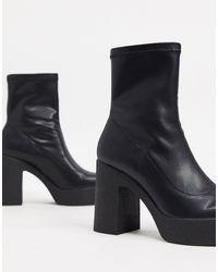 Stradivarius Platform Boots - Black