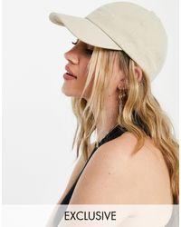 Reclaimed (vintage) Gorra unisex color crudo con logo bordado - Blanco