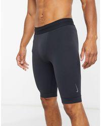 Nike Nike – Yoga Dry – Shorts - Blau