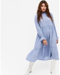 Monki - Голубое Свободное Платье-рубашка Миди Из Переработанного Материала С Длинными Рукавами Parly-голубой - Lyst