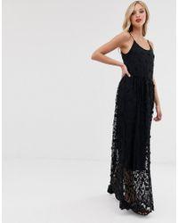 Vero Moda Lange Cami-jurk Met Textuur En Borduursel - Zwart