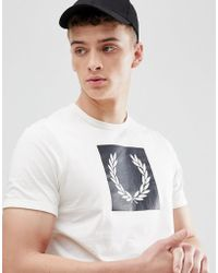 Fred Perry - Printed Laurel Wreath T-shirt In White - Lyst