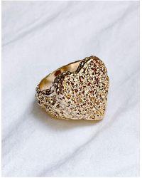 ASOS Anello con cuore zigrinato oro - Metallizzato