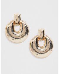 ASOS - Earrings In Engraved Doorknocker Design In Gold Tone - Lyst