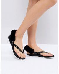 UGG - Laalaa Black Fluffy Back Removable Fur Flat Sandals - Lyst