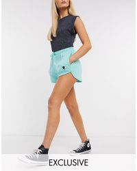 Daisy Street Relaxed Lounge Shorts With Yin Yang Heart Embroidery-green