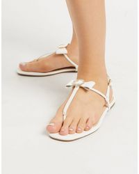 Oasis Flat Toe Post Bow Sandals - White