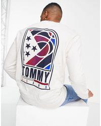 Tommy Hilfiger Белый Лонгслив С Баскетбольным Принтом И Логотипом На Спине