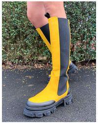 Public Desire Botas por la rodilla amarillas con suela gruesa Monique - Amarillo