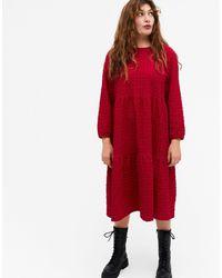 Monki - Красное Платье Миди С Длинными Рукавами И Присборенной Юбкой Из Органического Хлопка Torkie-красный - Lyst