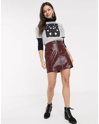 New Look Vinyl Snake Zip Mini Skirt - Red