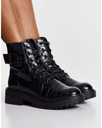 New Look Lace Up Buckle Detail Boots - Black