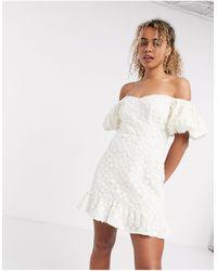 & Other Stories Robe courte manches bouffantes en dentelle - Blanc