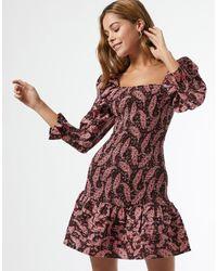 Miss Selfridge Vestito corto arricciato con stampa cachemire - Nero