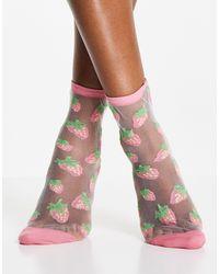 Monki Розовые Сетчатые Носки С Принтом В Виде Клубники Tinna-белый