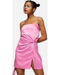 TOPSHOP Robe courte en satin à détail noué - Rose