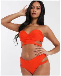 UNIQUE21 – Bikinihose mit Zierausschnitt und hohem Beinausschnitt - Orange