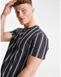 New Look Oversized T-shirt With Vertical Stripes - Grey