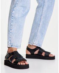 Missguided Chunky Desert Sandals - Black