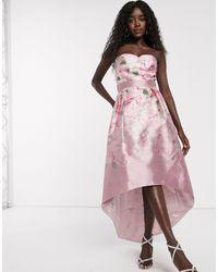 Chi Chi London Satijnen Midi-jurk Met Ongelijke Zoom En Ombré Rozenprint