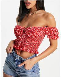 Love Triangle Crop top style milkmaid (pièce d'ensemble) - rouge à petites fleurs blanches - Multicolore
