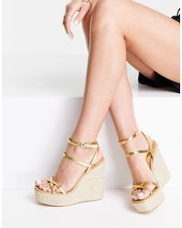 TOPSHOP Willa Wedge Sandal - Metallic
