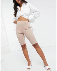In The Style Серо-коричневые Облегающие Шорты X Demi Jones-бежевый - Естественный