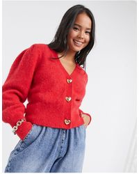 & Other Stories Cardigan manches bouffantes à boutons dorés en forme - Rouge