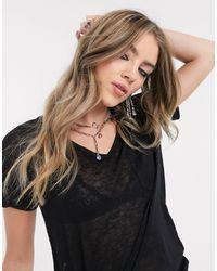 Object Camiseta negra con cuello - Negro