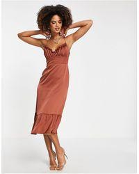 Trendyol Vestido marrón con volante en el bajo - Multicolor