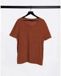 ASOS - T-shirt marrone con scollo rotondo - Lyst