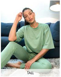 Missguided Ensemble t-shirt oversize et jogger ajusté - Sauge - Gris