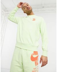 Nike World Tour Pack Graphic Crew Neck Sweat - Green