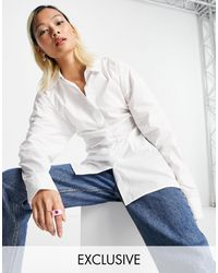 Collusion Camisa blanca con cintura ceñida y espalda abierta - Blanco
