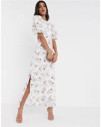 ASOS Vestido largo con bordados y parte posterior abierta con estampado floral - Blanco