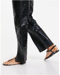London Rebel Toe Post Jelly Sandals - Black