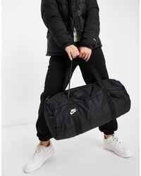 Nike Heritage Winter-Sporttasche - Schwarz