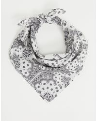 ASOS – Bandana in mit Paisley-Muster - Weiß