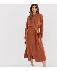 Monki Robe chemise mi-longue ceinturée à poches - Rouille - Marron