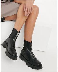 Stradivarius Zip Front Chelsea Boots - Black