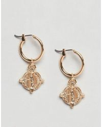 ASOS - Design Hoop Earrings With Coin In Gold - Lyst