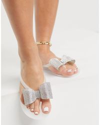 ASOS Fatima Flipflops With Embellished Bows - White