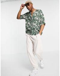 Pull&Bear Camicia verde con stampa stile tattoo