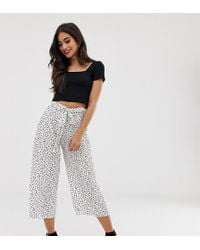 Boohoo Exclusive Culottes In White Polka Dot