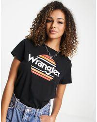 Wrangler – es, kurzärmeliges T-Shirt mit Regenbogen-Logo - Schwarz